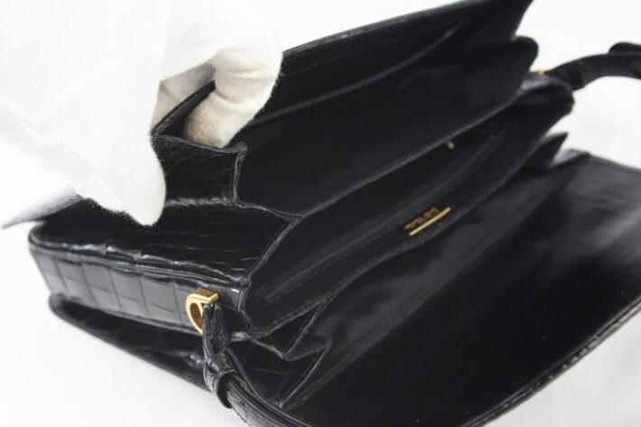 クロコハンドバッグ